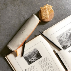 Piórnik Rhodia Rama Round Pencil Case